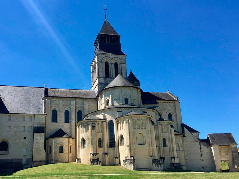 Abadía románica de Fontevraud de nuestro viaje a los Castillos del Loira