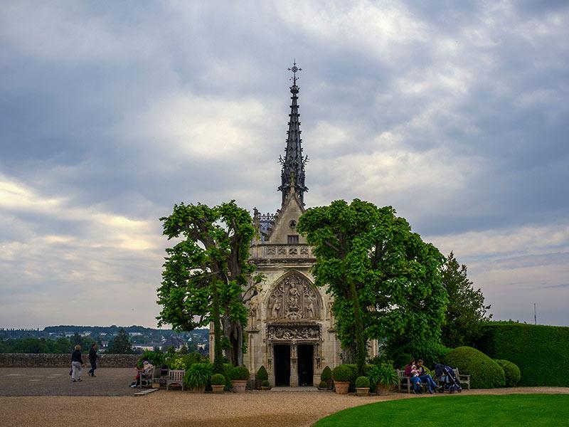 Tumba de Leonardo da Vinci de nuestro viaje a los Castillos del Loira